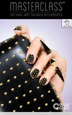 woman holding her purse with black nails